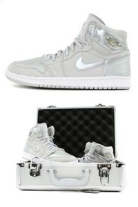 Sneakerbox - Air Jordan 1 2001