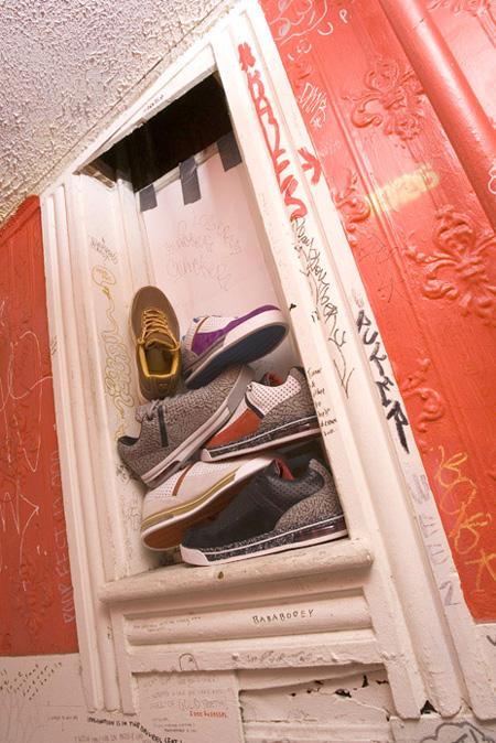 undrcrwn_shoes2.jpg