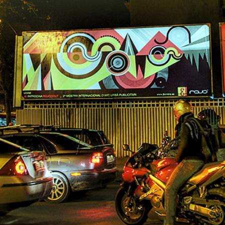 mwm_x_rojo_billboard_barcelona.jpg