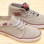 vans_Spring2010_Footwear_preview_img-4