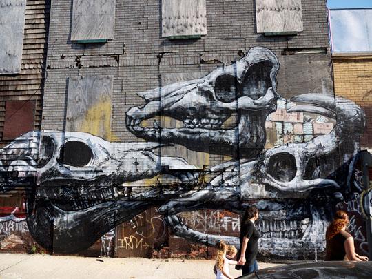 Roa in New York City 1
