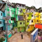 Haas & Hahn's Favela Painting in Rio de Janeiro 1