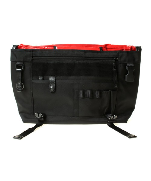 Messenger-Bag-Black-4format5
