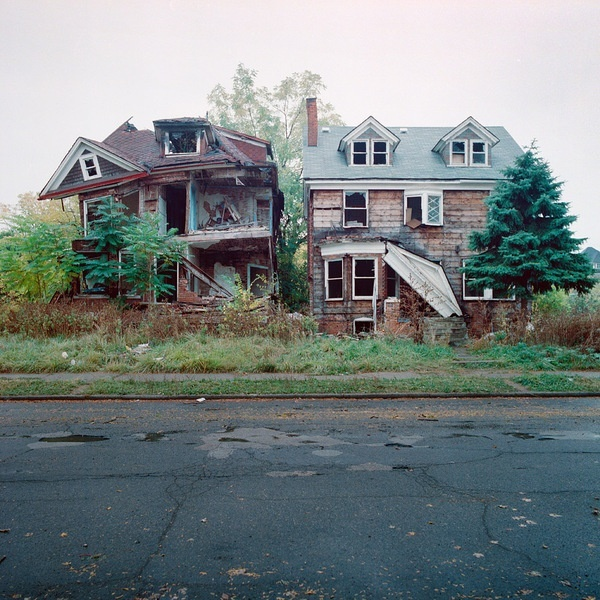 100-Abandoned-Houses-by-Kevin-Bauman-1