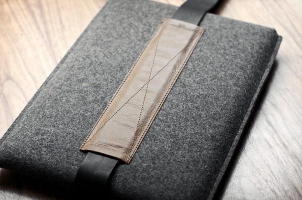 Hard-Graft-MacBook-Shoulder-Sleeve-3