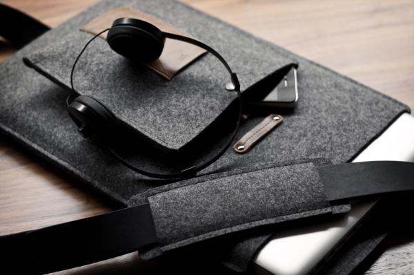 Hard-Graft-MacBook-Shoulder-Sleeve-5