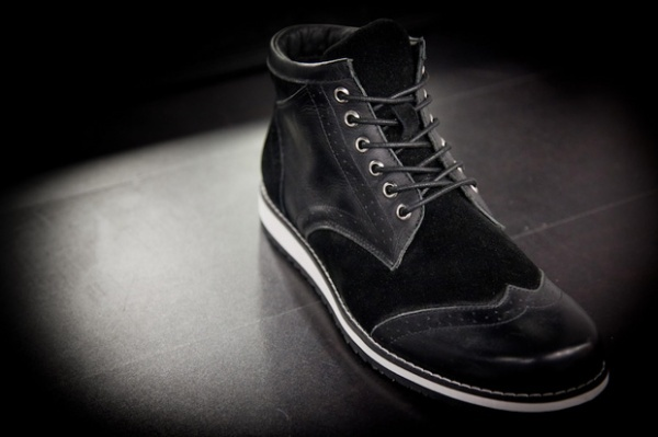 Black-Scale-Wingtip-Footwear-Collection-41