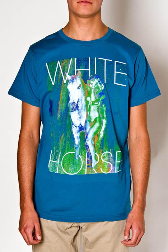 freshjive_2010_holiday_t-shirts_01-formatmag