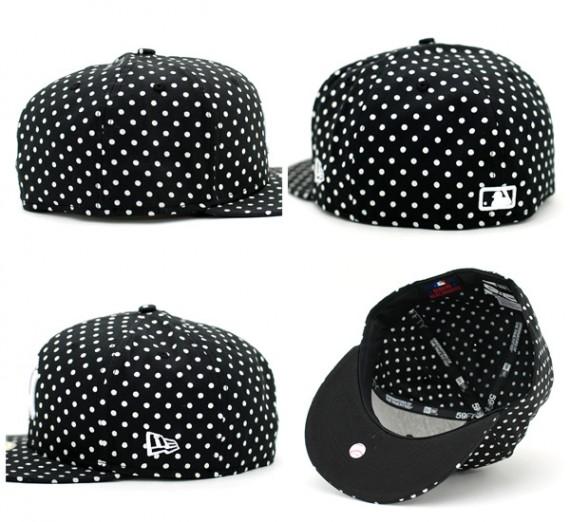 Yankees-Dot-Series-Black-2-570x522