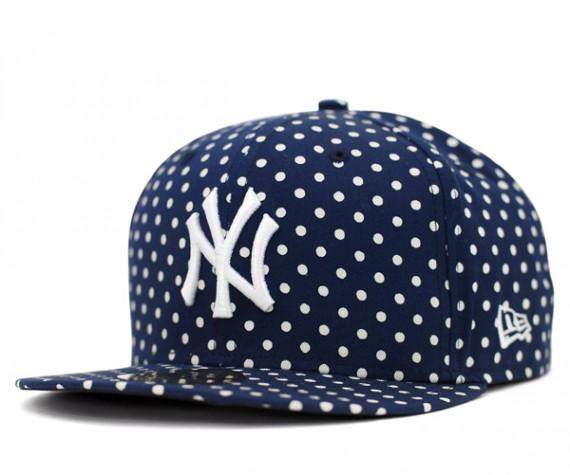 Yankees-Dot-Series-Navy-570x475