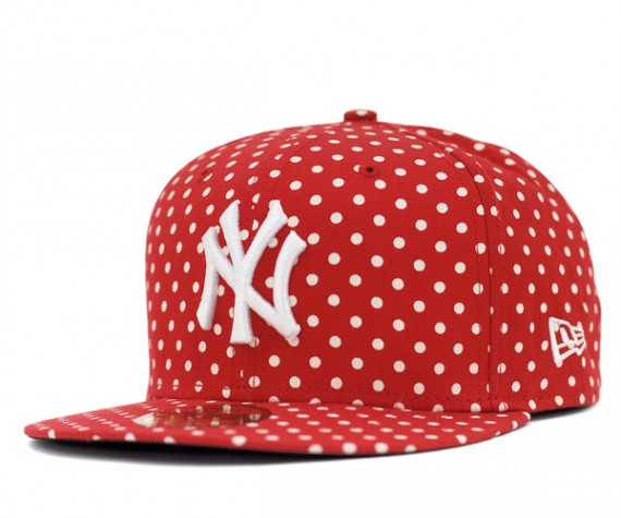 Yankees-Dot-Series-Red-570x475