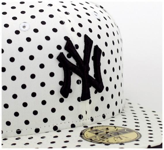 Yankees-Dot-Series-White-3-570x522