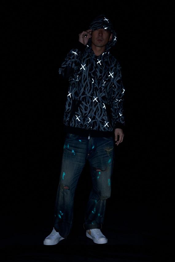 KAWS-x-Madsaki-x-Kazuki-x-CLOT-Grey-Alienegra-Parka-09