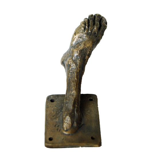 bronze-hook-feet-2