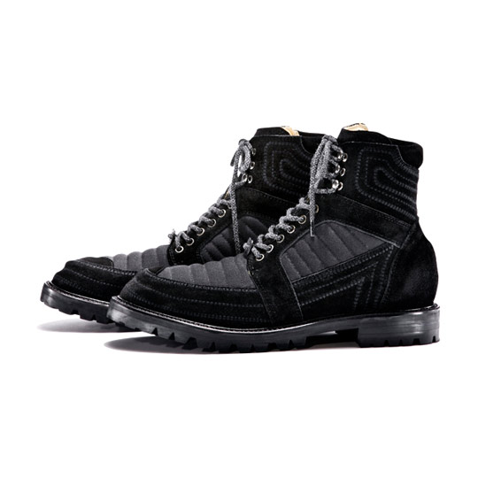 White-Mountaineering-Boots-Fall-Winter-2011-02