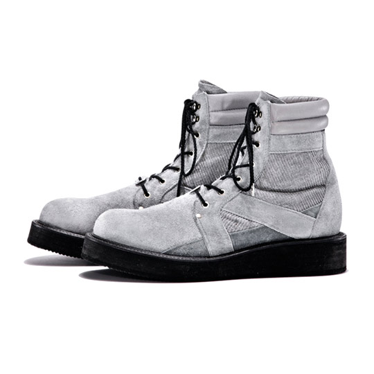 White-Mountaineering-Boots-Fall-Winter-2011-03