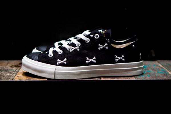 wtaps-crossbones-canvas-sneaker-02