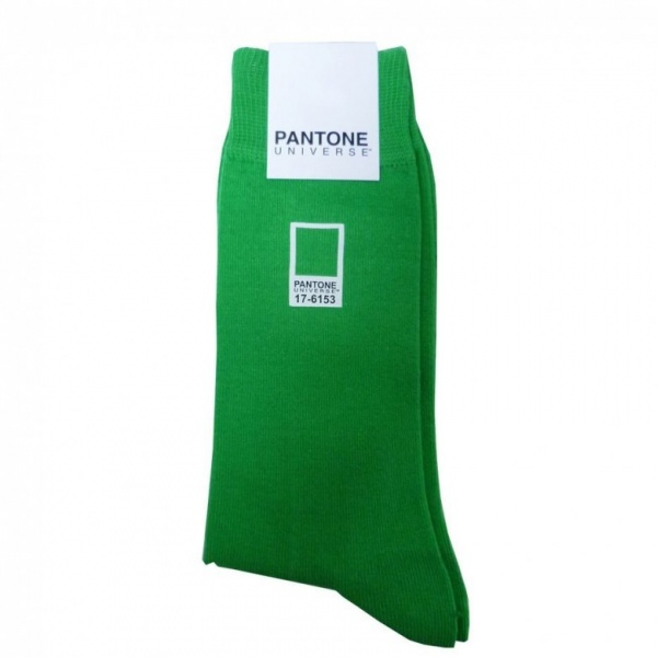 Pantone-Universe_socks_2-780x780