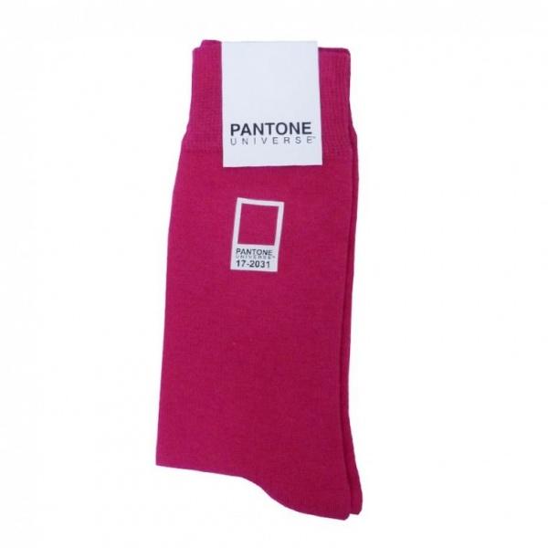 Pantone-Universe_socks_7-780x780