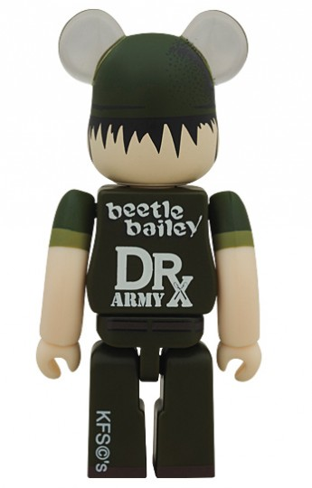 dr-romanelli-x-medicom-toy-beetle-bearbrick-03
