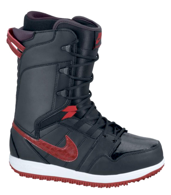 nike-6-0-vapen-snowboarding-boot-04
