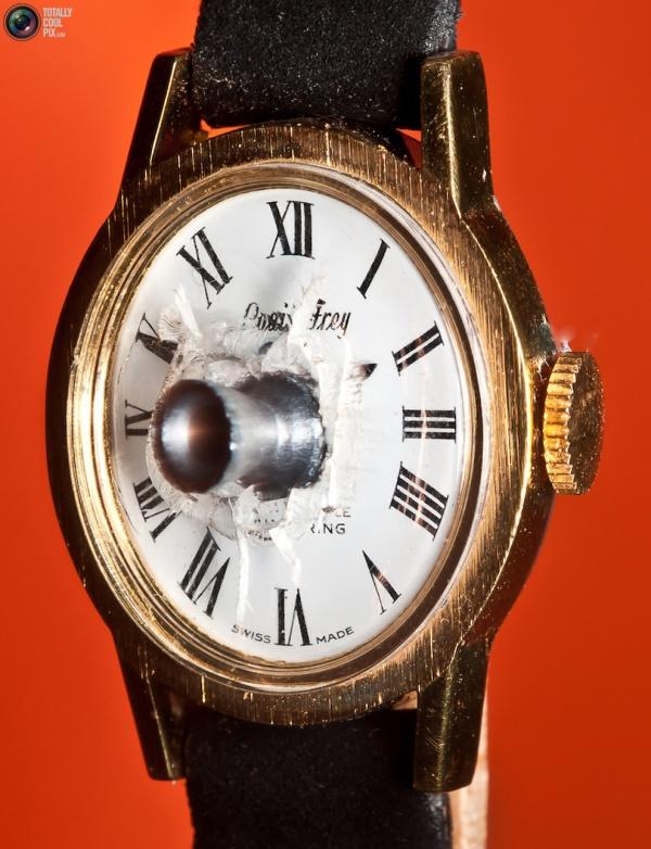 Alan-Sailer-photography-art-watch-thesuiteworld