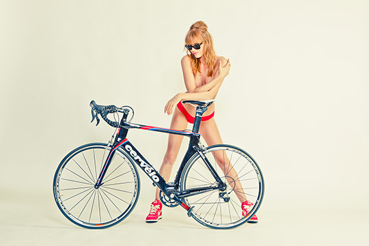 5-road-bicycles-1-woman-sharp-photoshoot-07