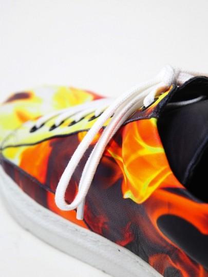 alexander-mcqueen-flame-print-sneakers-05