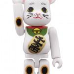 maneki-neko-bearbrick-02