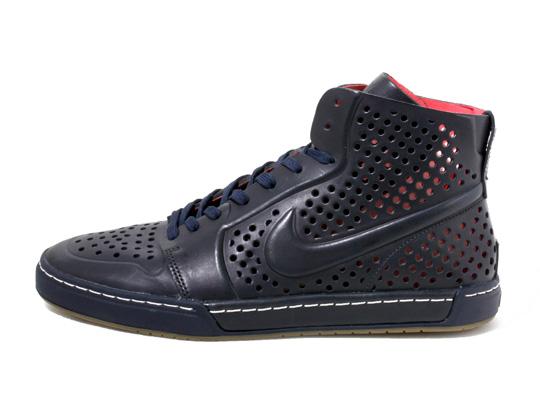 nike-air-royal-mid-lite-sneakers-01