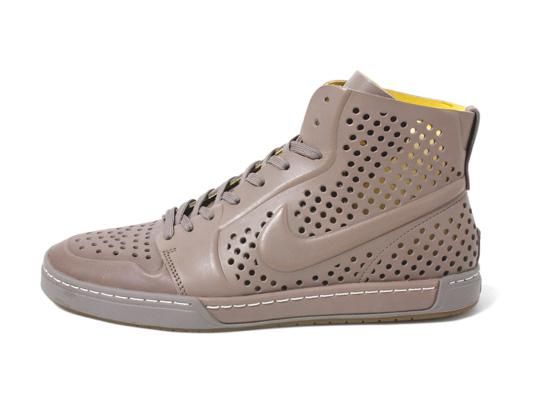 nike-air-royal-mid-lite-sneakers-03
