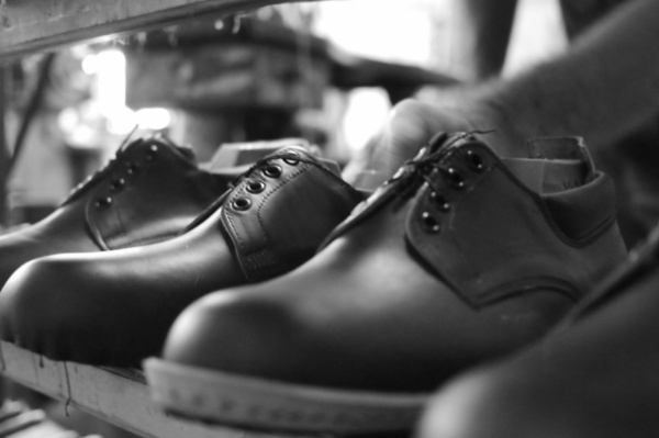 leatherman-x-broken-homme-footwear-collection-14-620x413